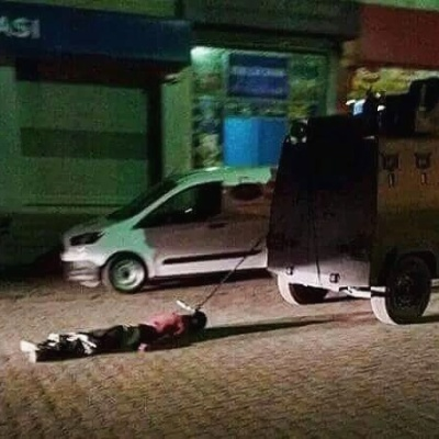 Il cadavere di Haci Lockman Birlik trascinato dalla polizia turca per le strade si Sirnak a mò di avvertimento