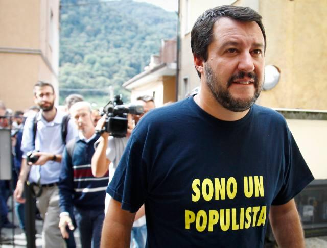 Convention dei governatori della Lega Nord con Salvini, Zaia, Maroni e Toti a Pontida